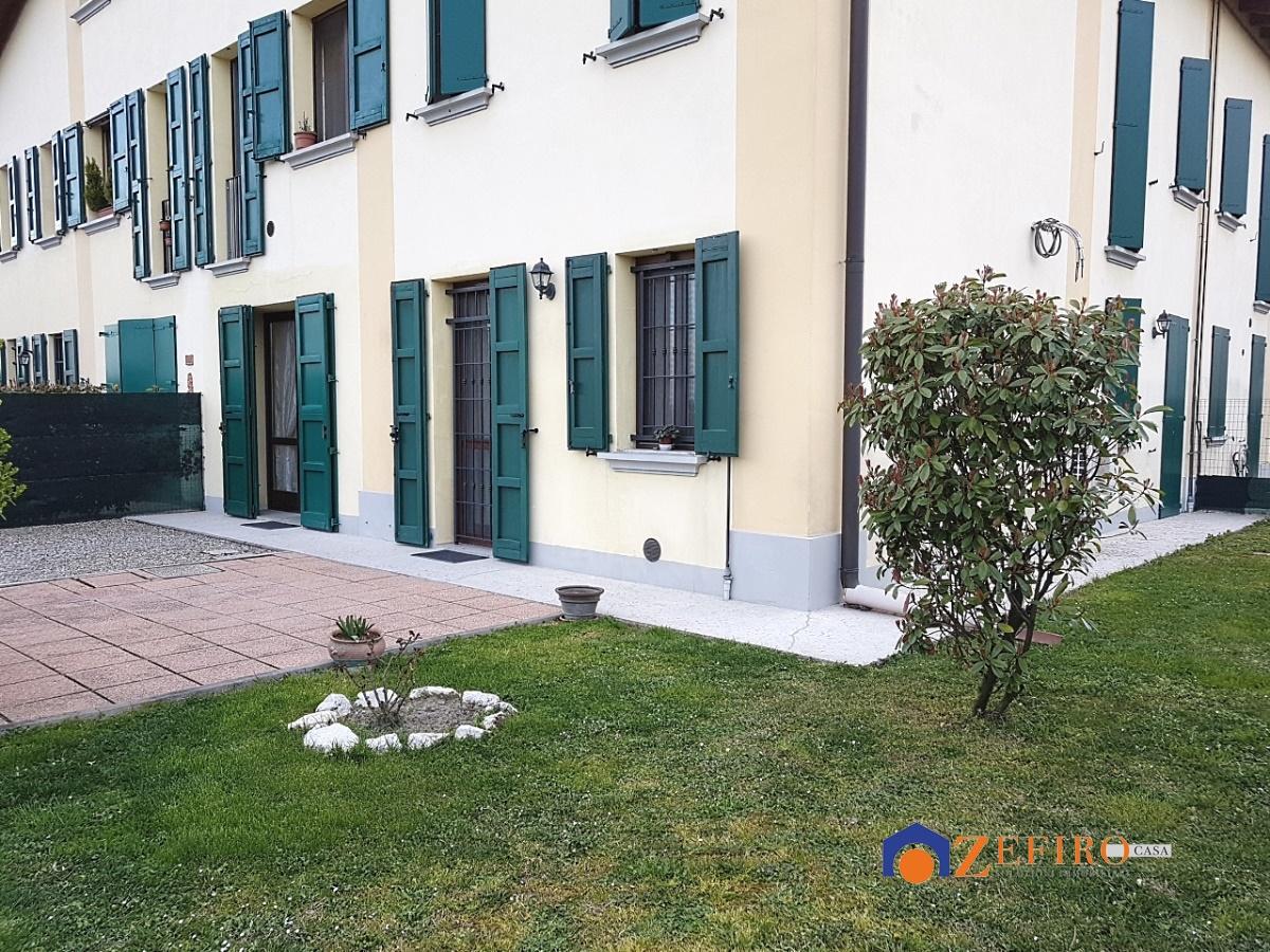 Appartamento in affitto a Crevalcore, 2 locali, prezzo € 400 | Cambio Casa.it