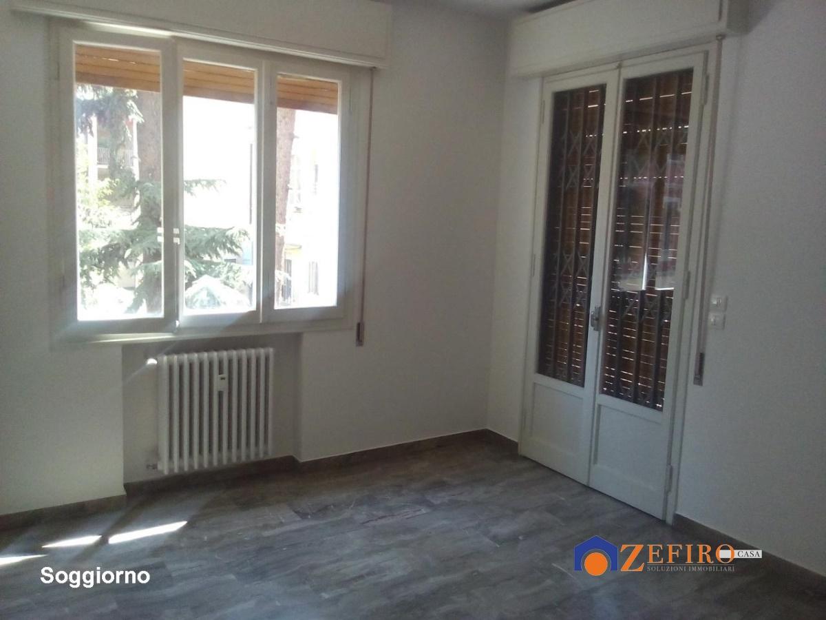 Affitto appartamenti bologna bologna via saragozza for Appartamenti arredati in affitto a bologna