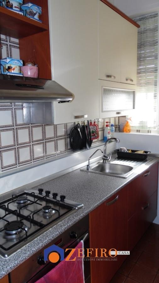 Appartamento in vendita a Sant'Agata Bolognese, 4 locali, prezzo € 78.000   Cambio Casa.it